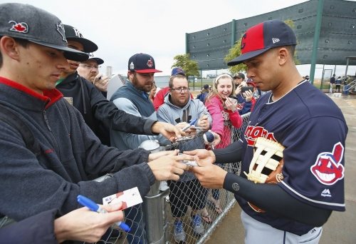 Cleveland Indians' Michael Brantley advances to minor league games on comeback trail