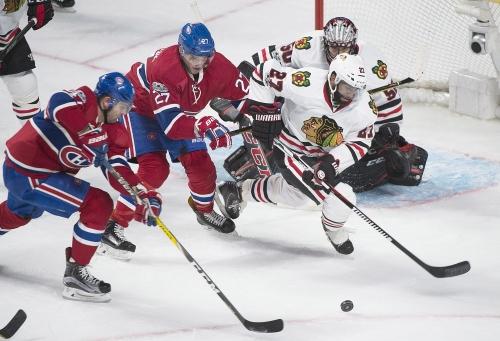 Kane helps Blackhawks topple Canadiens 4-2 The Associated Press