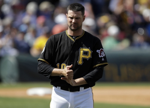 Pirates' Jordy Mercer is no kid anymore in team's infield
