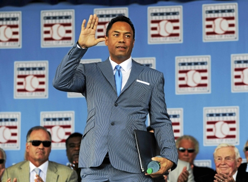 Former Cleveland Indians second baseman Roberto Alomar hired by MLB for youth development in Puerto Rico