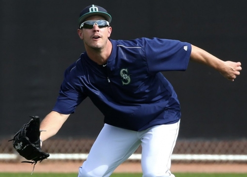 Mariners optioned right-hander Chase De Jong and outfielder Boog Powell to Class AAA Tacoma