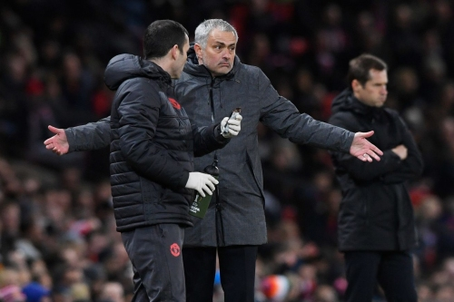 Round-Up: Mourinho is complaining again