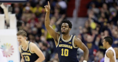 NCAA Tournament: Michigan guard Derrick Walton Jr. posts first 25-10-5 stat line in Big Dance since Dwayne Wade