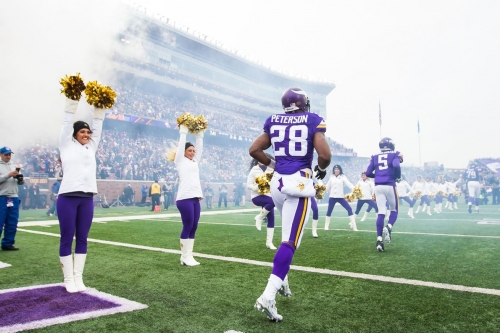 Newly signed Raiders WR Cordarrelle Patterson recruiting former Vikings teammate Adrian Peterson to come to Oakland