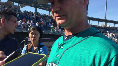 Mariners' minor leaguers score three runs in the eighth inning to rally for a 6-5 win over the Giants