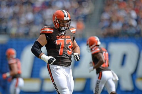 Giants interested in trading for Joe Thomas: report