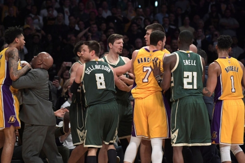 Nick Young, D'Angelo Russell and Greg Monroe fined for Lakers-Bucks fight