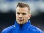 Tom Cleverley 'closing on Watford transfer'