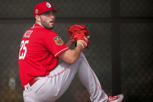 Cody Reed fantastic, bullpen and defense doom Reds in loss to Angels