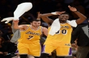 Luke Walton doesn't want Julius Randle, Larry Nance Jr. to rely on 3-point shots