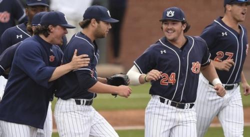 Auburn Wins Eight Straight