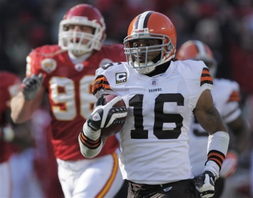Browns return specialist Josh Cribbs officially retires The Associated Press