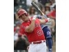 Mike Trout homers while Angels split a pair of games