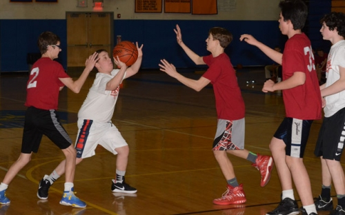 Youth basketball champs support Monroe Food Pantry | Monroe Courier