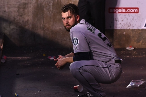 Mariners can't complete comeback, lose 9-8 to Angels