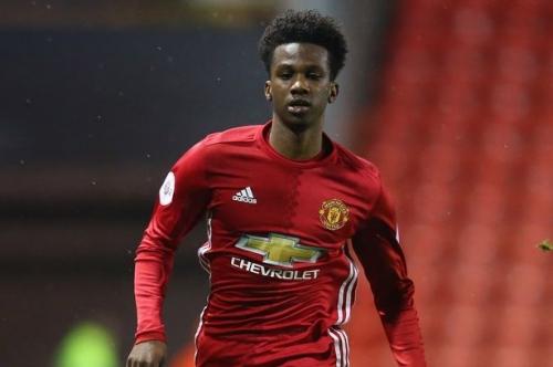 Manchester United prospect Joshua Bohui at centre of international scramble