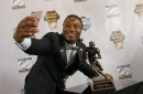 WATCH: D'Onta Foreman adds award to Texas trophy case