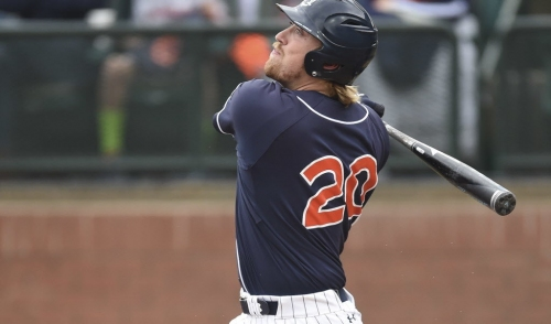 Auburn rallies late, takes opener from Georgia for 9th straight win