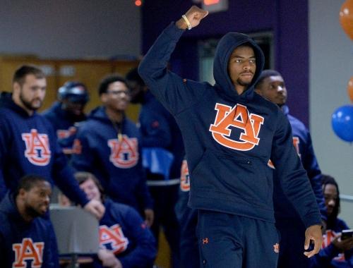 Darius Slayton full-go during Auburn's 1st spring scrimmage