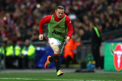 Paul Scholes urges Wayne Rooney not to rejoin Everton and win back Manchester United place