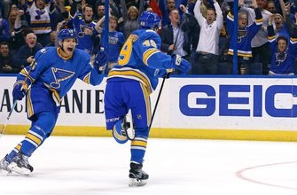 Blues continue playoff push at home against Coyotes