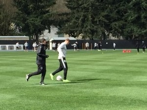 Jordan Morris 'day-to-day' as he works out on the side at Sounders practice