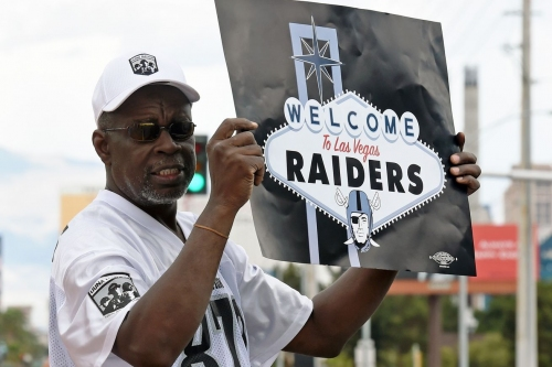 NFL owners approve Raiders move to Vegas