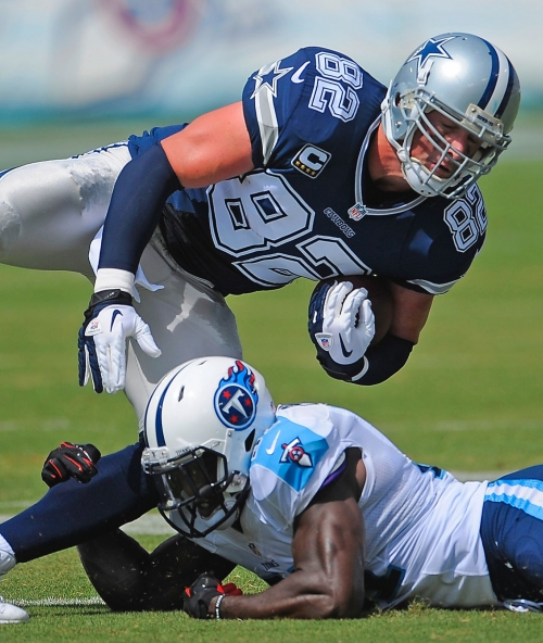 Cowboys TE Witten signs extension through 2021