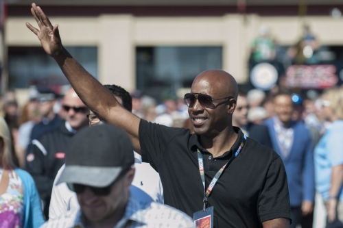 ASU Baseball: Sun Devils welcome Barry Bonds back for first pitch