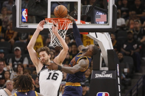 Podcast: Mailbag on Larry Sanders, the Cavs' defense and more