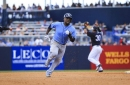 Veterans Rickie Weeks, Tommy Hunter make Rays roster; Peter Bourjos trade completed