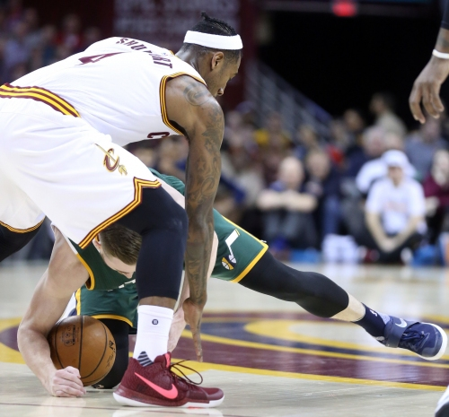 Iman Shumpert expected to return against Chicago; Richard Jefferson missed practice with knee tendonitis