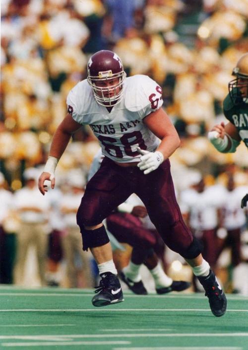 Former Texas A&M center Chris Dausin dies at 47