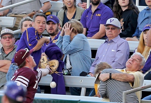 LSU looks to take series from Texas A&M: Live updates, chat