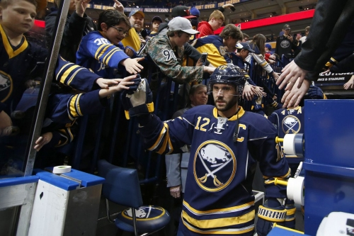 Eagles in the Pros 3/27 - 4/2: Brian Gionta Secures Win for Buffalo in His 1,000th Career NHL Game
