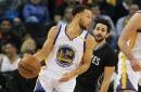 Curry fakes everyone, makes insane pass for Iguodala bucket