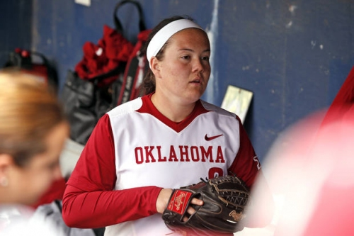College softball: OU nips Texas; Aggies rout OSU