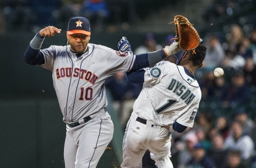 Mariners lose to Astros and fall to 2-7 on season