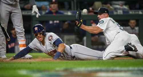 Mariners blow 5-0 lead, lose to Astros and fall to 2-8 on season