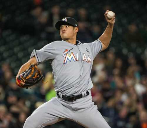 Mariners nearly no-hit in 5-0 loss to Marlins