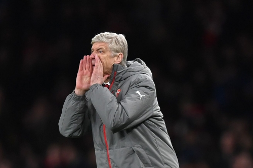 "Wenger - Back three is ""an option"" on Sunday"