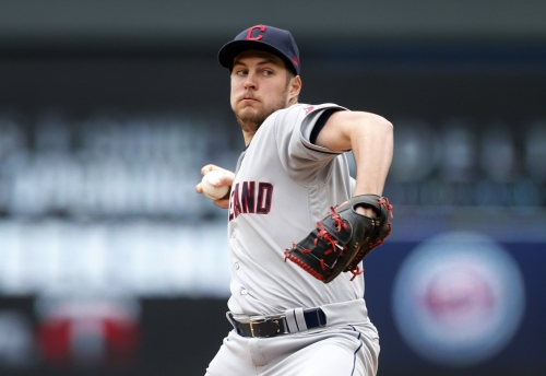 Trevor Bauer's bases-loaded balk gives Minnesota a lead in the fourth