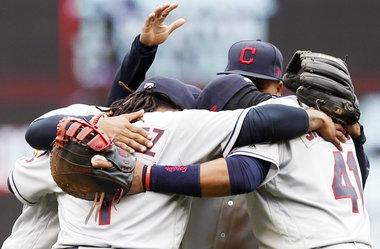 Cleveland Indians' Trevor Bauer bounces back after balk to beat Minnesota Twins