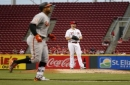 Reds offense cools off, drop second straight series