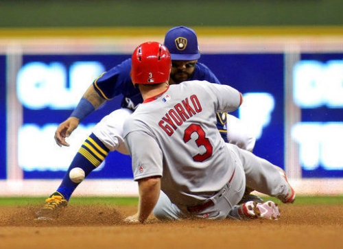Cardinals get offense going but can't overcome Brewers
