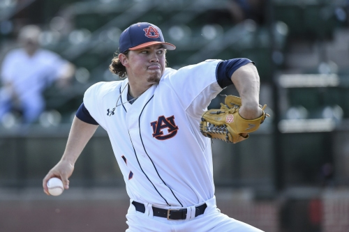 No. 10 Auburn baseball vs. No. 16 Arkansas live score updates, analysis