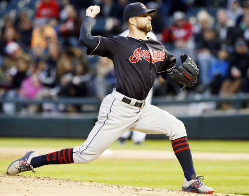 Cleveland Indians' Corey Kluber blanks Chicago White Sox, 3-0, on three-hitter
