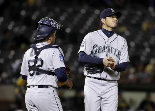 Mariners' road woes continue as their bats stay silent in Oakland