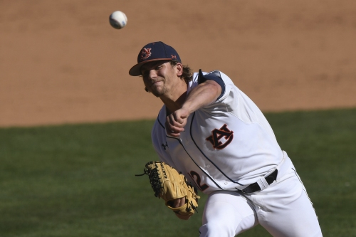 Bullpen falters as No. 10 Auburn baseball falls to No. 16 Arkansas