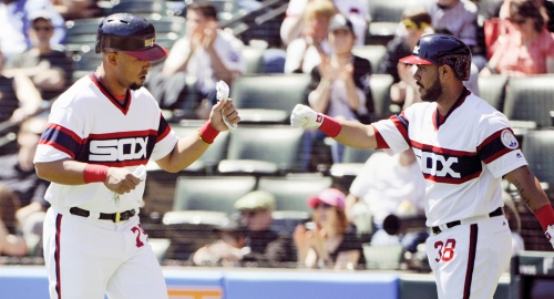 One bad inning brings the Cleveland Indians' 5-game winning streak to quick end against White Sox